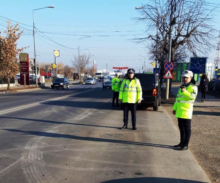 razie polita rutiera2 - Câte amenzi au dat polițiștii în cadrul acțiunii de luni, din Focșani