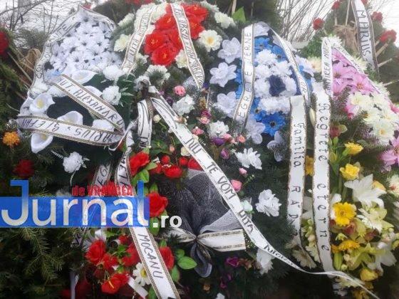 """inmormantare constantin chirita telu 1 560x420 - FOTO: Jale și lacrimi la Slobozia Ciorăști. """"Nea Telu"""" a fost condus pe ultimul drum"""