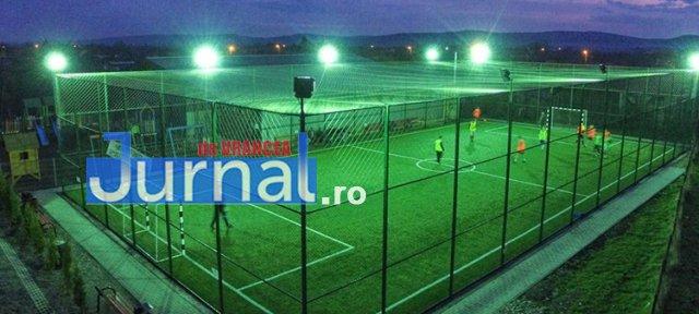 3 text Bordesti teren minifotbal - Elevii din Bordești vor avea un teren de minifotbal construit cu fonduri europene