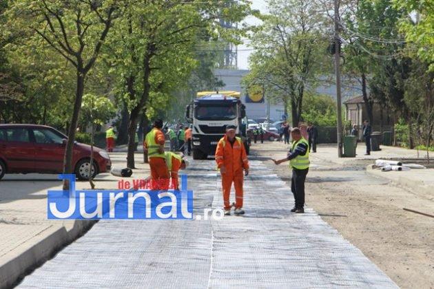 asfaltare srtada gh magheru focsani5 630x420 - FOTO: La muncă, deși bugetarii au liber! S-a turnat primul strat de asfalt pe strada Gheorghe Magheru