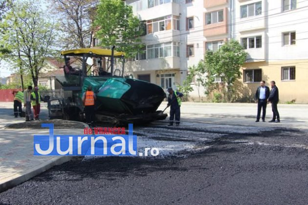 asfaltare srtada gh magheru focsani6 630x420 - FOTO: La muncă, deși bugetarii au liber! S-a turnat primul strat de asfalt pe strada Gheorghe Magheru