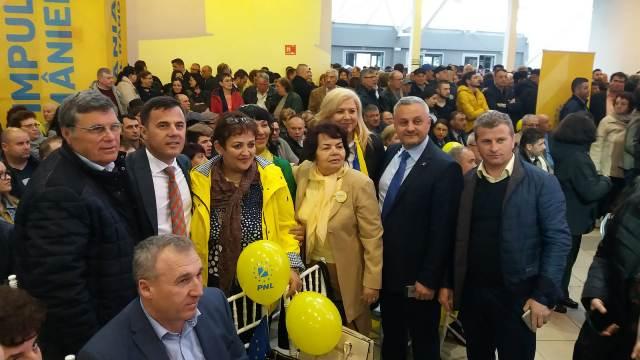 candidati europarlamentare constanta3 - FOTO: Sute de liberali vrânceni au participat la regionala de la Constanța, alături de președintele PNL Ludovic Orban și mai mulți candidați la europarlamentare