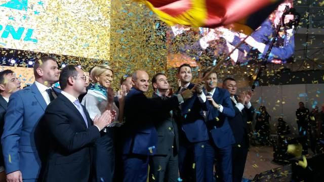 candidati europarlamentare constanta7 - FOTO: Sute de liberali vrânceni au participat la regionala de la Constanța, alături de președintele PNL Ludovic Orban și mai mulți candidați la europarlamentare
