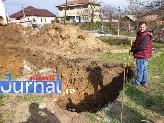 constructie scoala tulnici3 560x420 - FOTO: Azi a început construcția unei școli, la Tulnici! Când va fi gata