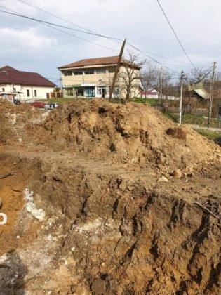 constructie scoala tulnici4 315x420 - FOTO: Azi a început construcția unei școli, la Tulnici! Când va fi gata