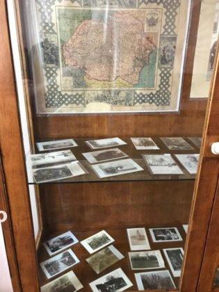 crampeie din istorie1 315x420 - FOST: Un polițist care colecționează crâmpeie de istorie își expune colecția la Casa Armatei