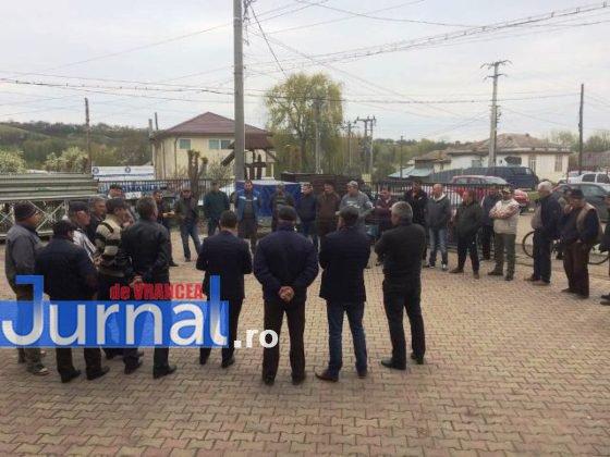fitionesti 3 560x420 - FOTO-Ion Ștefan: Sute de vrânceni proprietari de pădure din Fitionești, somați de ANAF să plătească impozite pentru situații prescrise