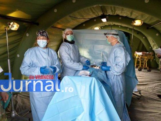 medici spitalul militar instruire poligon cincu5 560x420 - FOTO: Medici și asistenți de la Spitalul Militar Focșani s-au instruit în poligonul de la Cincu