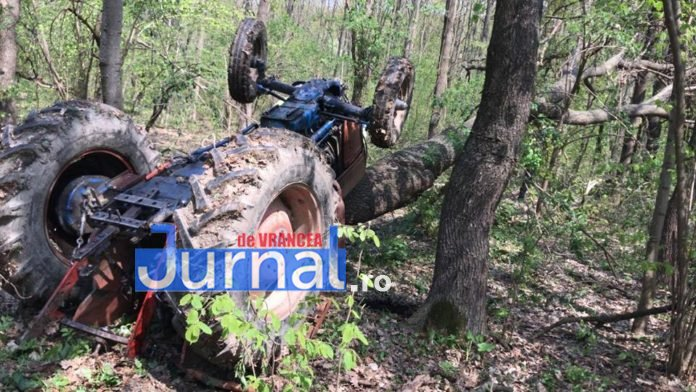 tractor-rasturnat