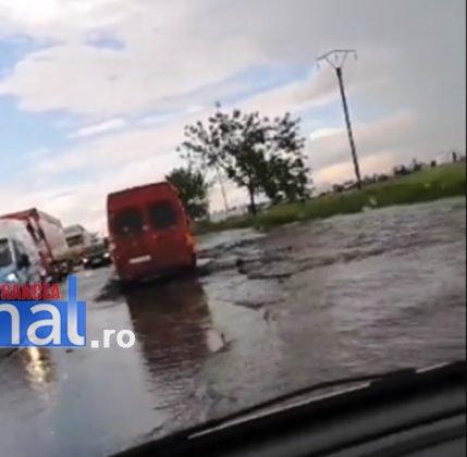 DN2 inundat rm sarat1 429x420 - FOTO: DN2, inundat la ieșirea din județ, spre Buzău