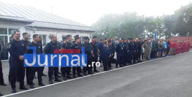 """jandarmi vranceni marsul jandarmeriei galatene3 - FOTO: Jandarmi vrânceni participanți la ,,Marşul Jandarmeriei Gălățene - Oameni în uniformă pentru oameni în uniformă"""""""