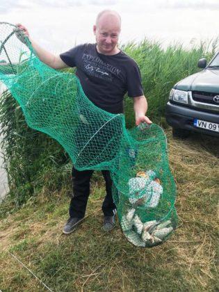 """cupa pescuit tomita lazar 8 315x420 - GALERIE FOTO: Pescarii și-au arătat măiestria la cupa """"Tomiță Lazăr"""""""