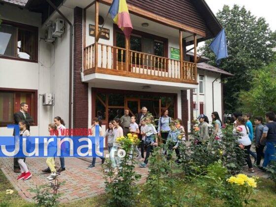 directia silvica vrancea porti deschise1 560x420 - FOTO: Porți deschise la Direcția Silvică