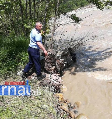 disparut tulnici1 - UPDATE-ULTIMĂ ORĂ: Bărbat luat de viitură la Lepșa(FOTO)