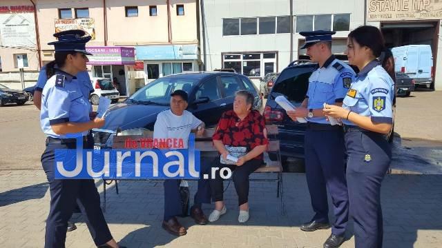 Campanie prevenire inselaciuni6 - FOTO: Acţiune a poliţiei pentru prevenirea înşelăciunilor. Mare atenţie cu cine vorbiţi la telefon!