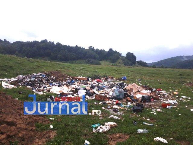 gunoaie Soveja - FOTO-VIDEO: Baronul Oprișan nu vede gunoaiele din localitățile conduse de primari PSD