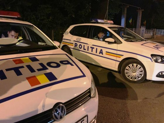 razie noapte politie focsani 5 560x420 - FOTO-VIDEO: Razie de amploare, sâmbătă noapte, printre șoferii din Focșani