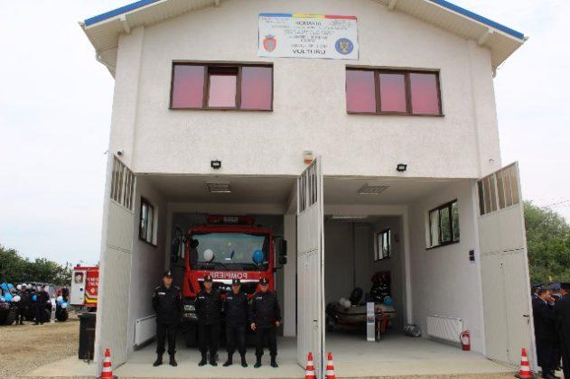 statia de pompieri vulturu 6 631x420 - FOTO: Triplu motiv de sărbătoare pentru pompierii vrânceni