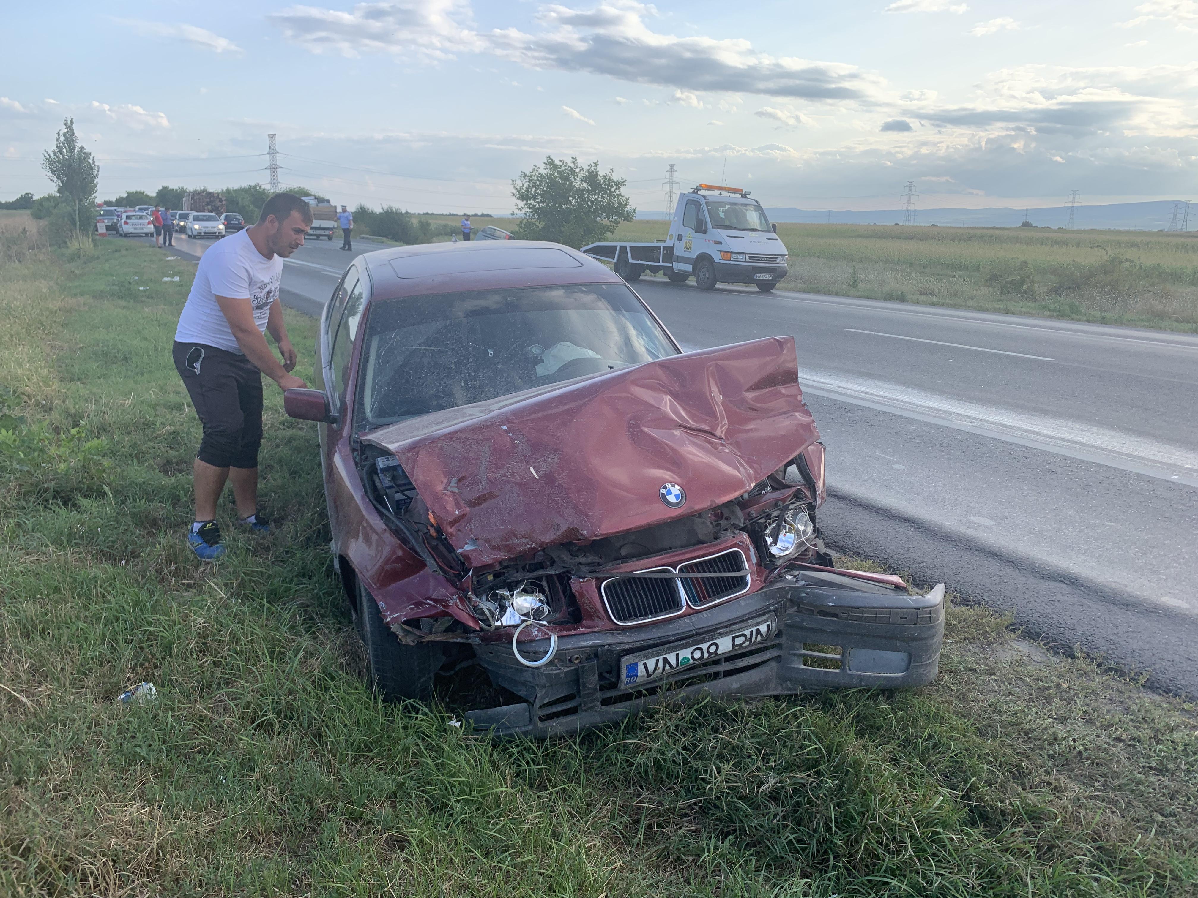 94F0196E 8D97 4BB9 9275 6FE341E8C288 - UPDATE- ULTIMĂ ORĂ: FOTO-Două victime în urma unui accident la ieșirea din Focșani