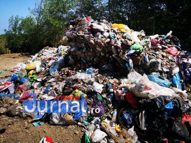 gunoi panciu 5 - FOTO-VIDEO: Primăria Panciu recidivează și sufocă orașul cu deșeuri aruncate ilegal