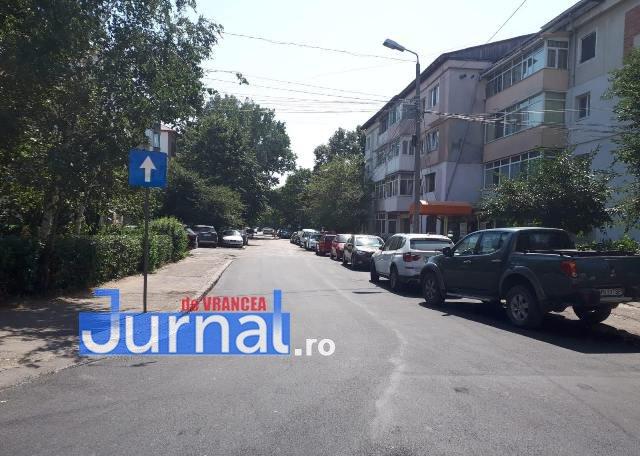sens unic isj vrancea1 - FOTO-ATENȚIE ȘOFERI! Sens unic pe o importantă stradă din Focșani