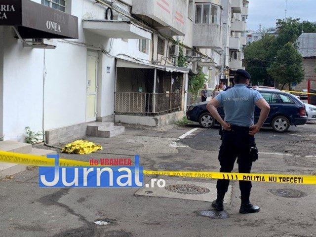 copil cazut de la etaj focsani4 - UPDATE-VIDEO-FOTO-ULTIMĂ ORĂ: Un copil de 2 ani a murit după ce a căzut de la etajul 8 al unui bloc de pe Bulevardul Unirii