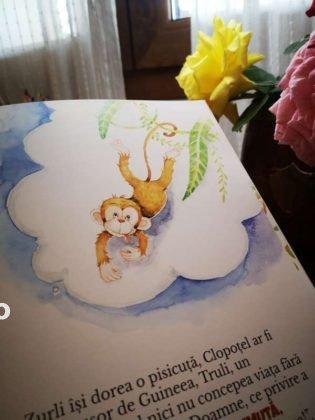 cristina enache ilustrator gasca zurli1 315x420 - FOTO-VIDEO: O tânără din Focșani ilustrează cărțile Zurli. Desenatoarea are mai multe povești desenate care au fost publicate