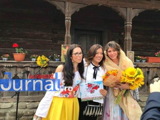 cristina enache ilustrator gasca zurli8 560x420 - FOTO-VIDEO: O tânără din Focșani ilustrează cărțile Zurli. Desenatoarea are mai multe povești desenate care au fost publicate