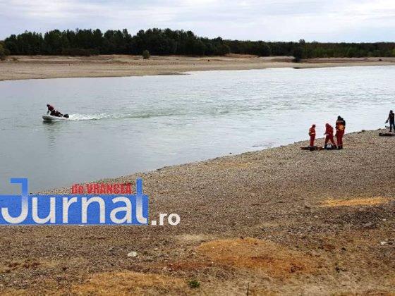 exercitiu isu vrancea suraia4 560x420 - FOTO: Simulare de inundații la Suraia