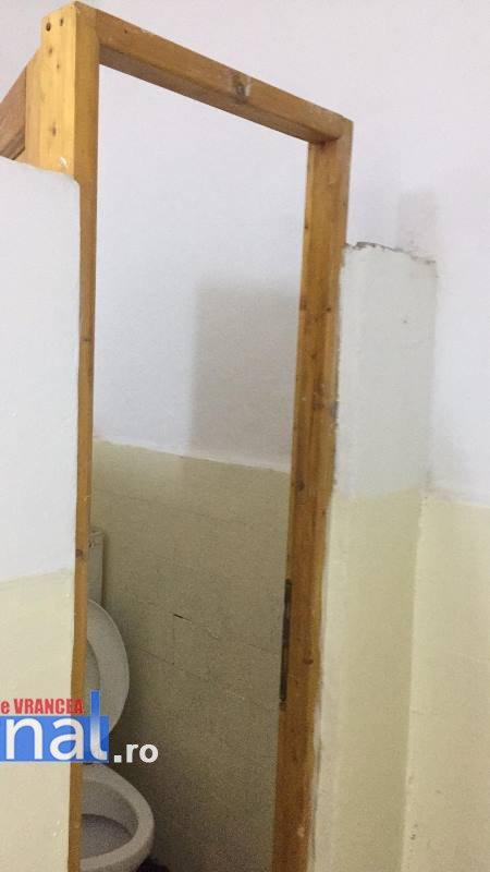internat str alecu sihleanui scoala2 - FOTO: Condițiile inumane în care vor învăța, de luni, elevii Școlii Ion Basgan, la fostele internate școlare