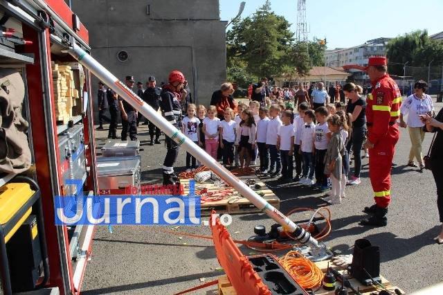 isu vrancea ziua pompierilor8 - FOTO: Pompierii vrânceni au celebrat Ziua Pompierilor din România