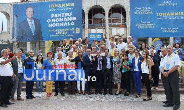 klaus iohannis constanta 1 - FOTO: Peste 50.000 de vrânceni au votat pentru susținerea lui Klaus Iohannis