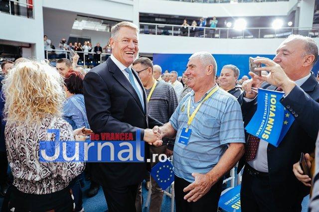 klaus iohannis prezidentiale oltenia2 - FOTO: Președintele Klaus Iohannis i-a cucerit și pe olteni