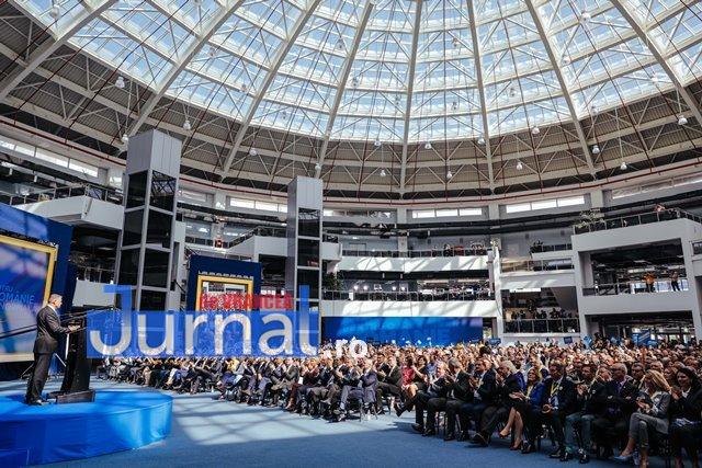klaus iohannis prezidentiale oltenia6 - FOTO: Președintele Klaus Iohannis i-a cucerit și pe olteni
