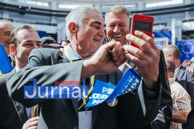 klaus iohannis prezidentiale oltenia7 - FOTO: Președintele Klaus Iohannis i-a cucerit și pe olteni