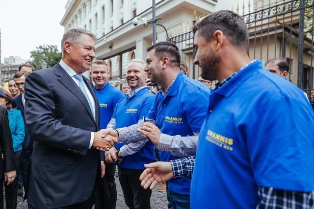 klaus iohannis prezidentiale4 - FOTO: Klaus Iohannis, la depunerea candidaturii: ȘTIU ce trebuie făcut și împreună cu un guvern pro european, în jurul PNL-ului, vom face această muncă pentru români!