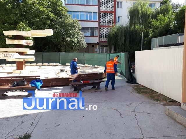 lucrarile refacere apiateta de langa cinematograful balada3 - FOTO: Au început lucrările la piațeta de lângă Balada