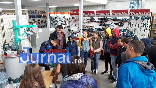 Centrul de Tineret Focsani proiect tineri3 - FOTO: Practica bate teoria. Zeci de tineri, învățați să răspundă provocărilor de pe piața muncii