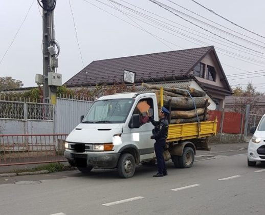actiune politia vrancea7 518x420 - FOTO: 40 de șoferi au rămas pietoni în urma unei acțiuni de amploare a polițiștilor vrânceni