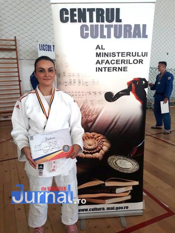 cristina pirvu campionat judo mai 4 - FOTO: Purtătorul de cuvânt al I.S.U. Vrancea pe podium la Campionatul Național de Judo al M.A.I.