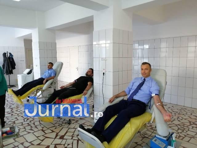 ipj vrancea donare de sange2 - FOTO: Peste 75 de polițiști au donat sânge în cadrul unei campanii care a durat 2 săptămâni
