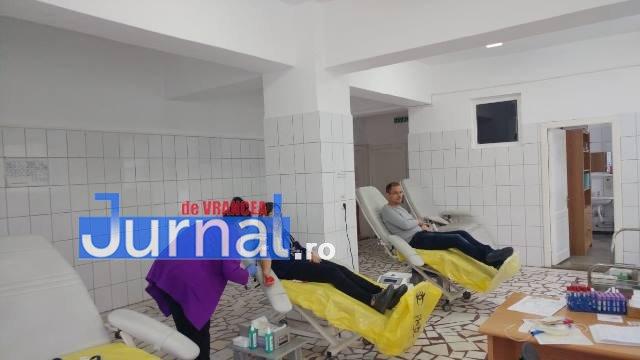 politistii doneaza sange5 - FOTO: Polițiștii donează sânge timp de două săptămâni. Ce vor face cu tichetele primite