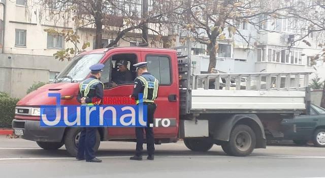 actiune politie3 - FOTO: Acțiune a polițiștilor pentru limitarea infracțiunilor în domeniul infrastructurii critice