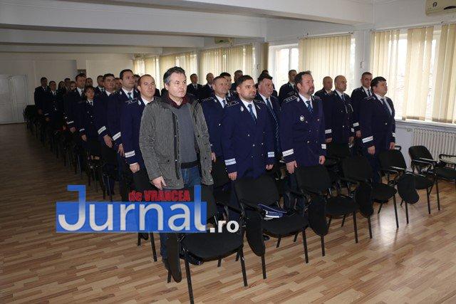 avansari in grad ipj vrancea2 - FOTO: 18 polițiști de la IPJ Vrancea, avansați în grad înainte de termen