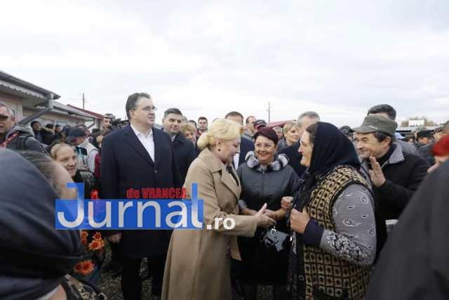 dancila dumbraveni vrancea 2 - Dăncilă a ajuns în Vrancea. Vizita de campanie a premierului demis va continua la Focșani