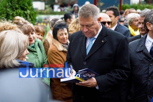 klaus iohannis prezidentiale5 - FOTO: PSD, o piatră de moară legată la gâtul României. Iohannis și PNL vor să pună țara pe picioare