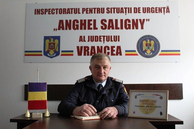 pompierul lunii octombrie1 - FOTO: Cine este pompierul lunii octombrie – Laurențiu Ioniță, unul dintre cei mai vechi pompieri