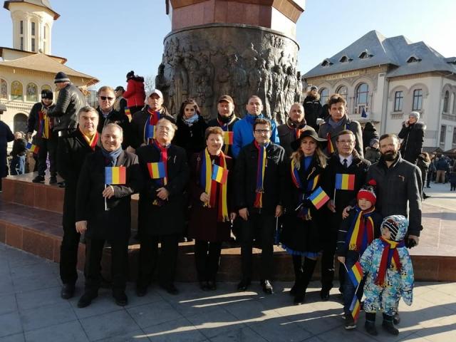 1 decembrie usr plus vrancea3 - FOTO: Echipa USR PLUS Vrancea a aniversat ziua de 1 Decembrie printr-o comemorare emoționantă