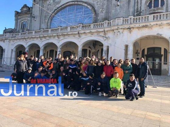 Grup Cazino 560x420 - FOTO: Copiii din Pufești au cucerit Portul Militar Constanța!