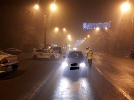 actiune politie siguranta si ordine publica3 560x420 - FOTO: Acțiune de amploare a polițiștilor focșăneni pentru menținerea ordinii și siguranței publice